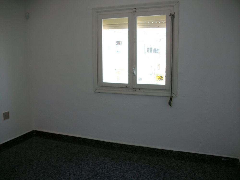 Piso en venta en sabadell por inmobiliaria bancaria for Pisos economicos en sabadell