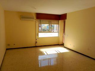Piso en venta en Almeria de 107  m²