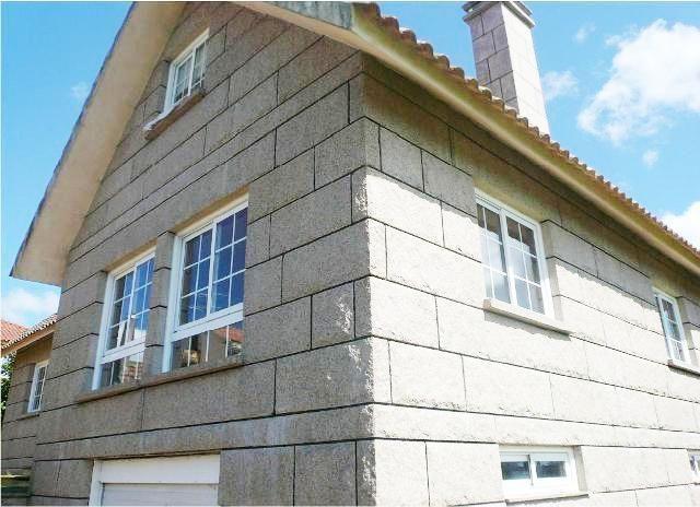 Unifamiliar en venta en vigo por inmobiliaria for Casa planta vigo