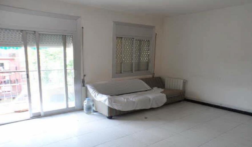piso en venta en sabadell por inmobiliaria bancaria