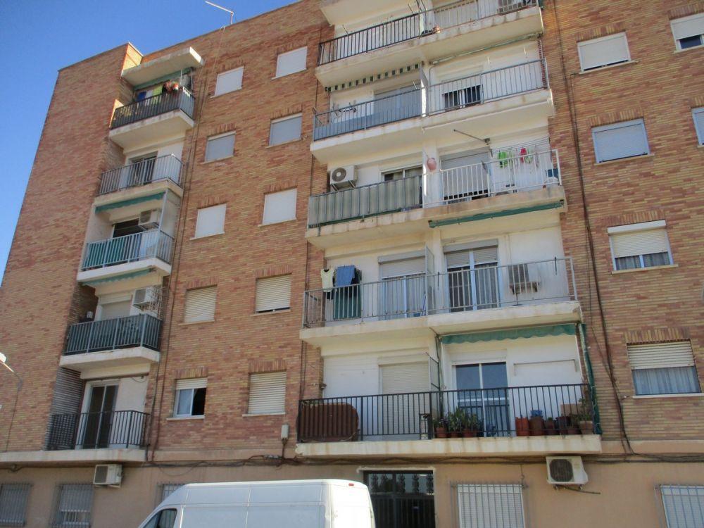 Piso en venta en valencia por inmobiliaria bancaria for Pisos de bancos en torrente