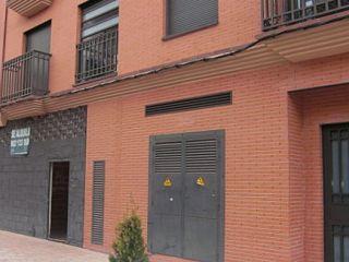 Local en venta en Torrijos de 207  m²