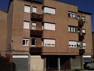 Piso en venta en Sant Joan Les Fonts de 73  m²