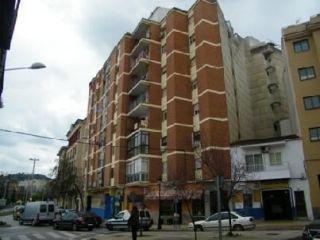 Piso en venta en Cáceres de 81  m²