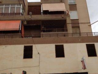 Piso en venta en Alicante de 80  m²