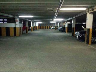 Garaje en venta en Oviedo de 10  m²