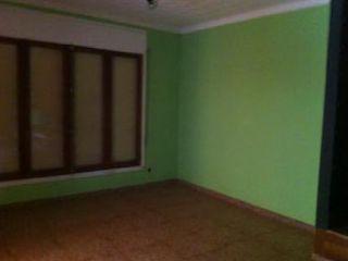Chalet en venta en Sant LlorenÇ Savall, de 329  m²