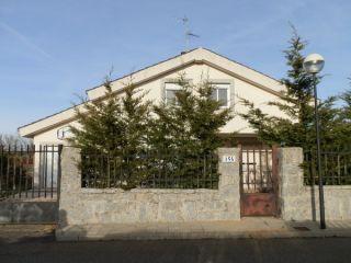 Chalet en venta en Alba De Tormes de 293  m²