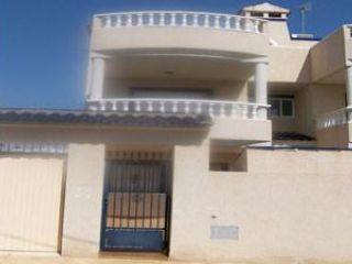 Piso en venta en San Miguel De Salinas de 127  m²