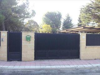Unifamiliar en venta en Villalbilla de 180  m²