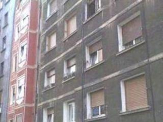 Piso en venta en Bilbao de 63  m²