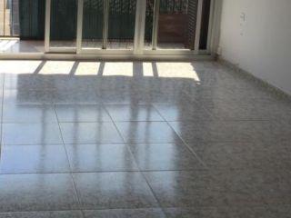 Piso en venta en Santa Perpètua De Mogoda de 63  m²