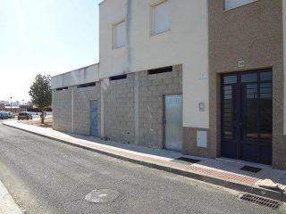 Local en venta en Almonte de 85  m²