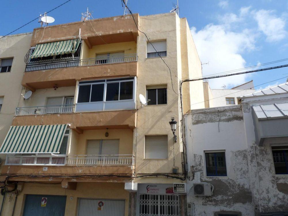 Piso en MACAEL - Almería