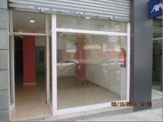 Local en venta en Sant Feliu De Llobregat, de 74  m²
