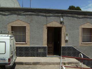 Unifamiliar en venta en Alumbres de 63  m²