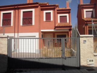 Chalet en venta en Navalperal De Pinares de 153  m²