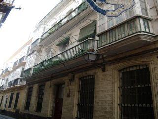 Piso en venta en Cádiz de 71  m²