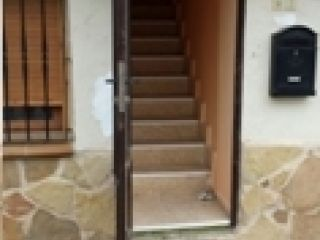 Piso en venta en Orihuela Del Tremedal de 235  m²