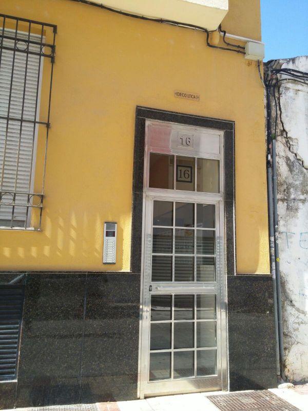 Piso en venta en malaga por inmobiliaria bancaria - Pisos de bancos en malaga ...
