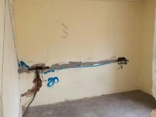 Piso en venta en Olesa De Montserrat de 64  m²