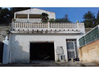 Chalet en venta en Chiva de 346  m²
