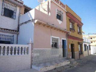 Chalet en venta en Linea De La Concepcion (la) de 90  m²