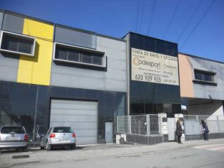 Nave en venta en Santurce de 362  m²