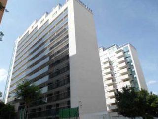 Piso en venta en Torres de 66  m²