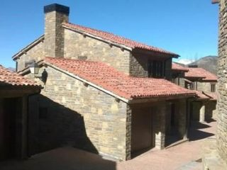 Unifamiliar en venta en Irgo de 169  m²