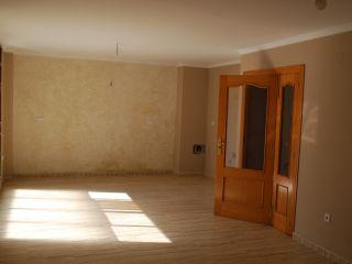 Local en venta en Oliva de 66  m²