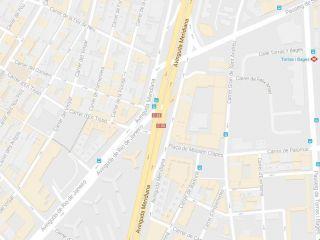 Piso en venta en Barcelona de 61  m²