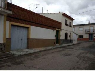 Chalet en venta en Villatobas de 233  m²