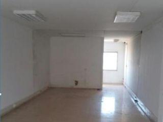 Nave en venta en Prat De Llobregat (el) de 418  m²