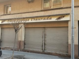 Local en venta en BarberÀ Del VallÈs de 114  m²