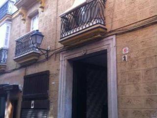 Piso en venta en Cadiz de 83  m²