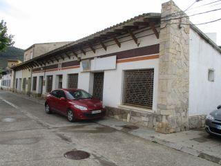 Local en venta en Mequinenza de 229  m²