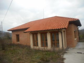 Chalet en venta en Peñacerrada-urizaharra de 192  m²