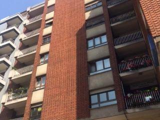 Piso en venta en Oviedo de 151  m²