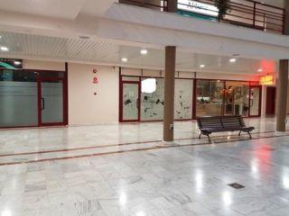 Local en venta en Toledo de 68  m²