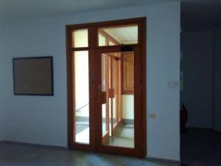 Local en venta en Zucaina de 104  m²
