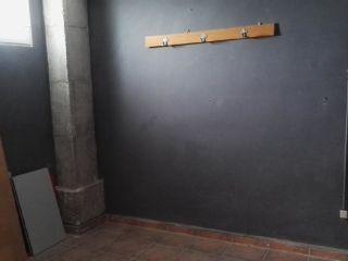Local en venta en Paterna de 55  m²