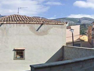 Chalet en venta en Alfara De Carles de 135  m²
