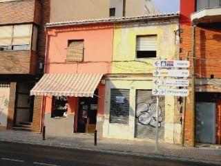 Local en venta en Oliva de 90  m²