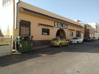 Local en venta en Almería de 231  m²