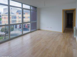 Piso en venta en Burela de 66  m²