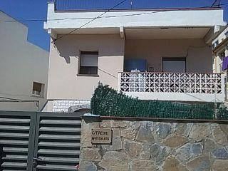 Chalet en venta en Esparreguera de 71  m²