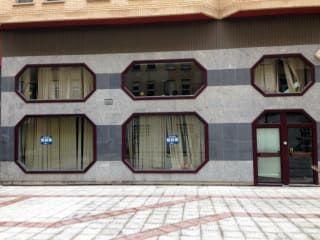 Local en venta en Cáceres de 135  m²