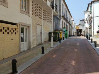 Local en venta en Ortigueira de 127  m²