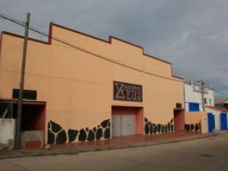 Nave en venta en Valencia De Alcántara de 698  m²